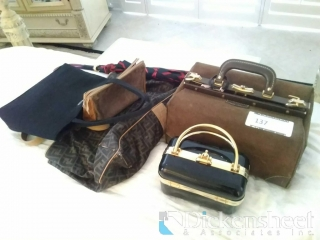 Lot of assorted purses