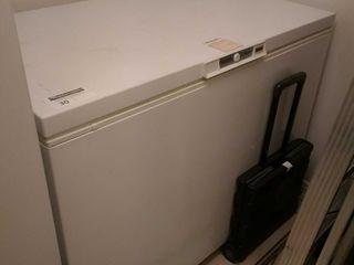 Amana model AC151KW white residential