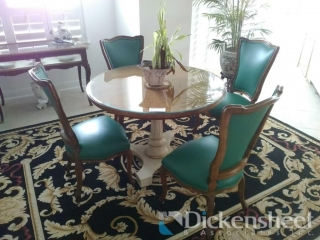 Round Louise Seize style table
