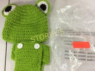 2 pc Infant Wool Frog Outfit - Hat/Diaper Cover