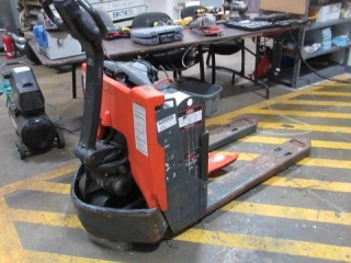 Toyota 8HBW23 Electric Fork Truck,