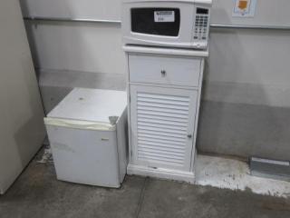 Small White Office Mini Fridge, Programmable