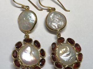 $500 S/Sil Pearl Garnet Earrings