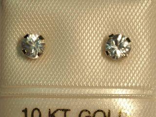 10K White Zircon Earrings