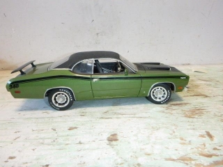 DIE CAST PLYMOUTH DUSTER