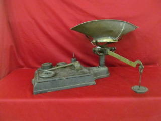 vintage counterweight scale