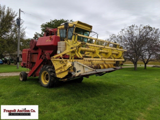 New Holland 975 combine, 18.4-26 fronts, SN: 35110