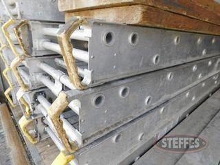 (2)-20-x20--aluminum-scaffold-planks_1.jpg