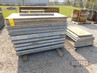 (18)-32-x57--plywood-forms-_1.jpg