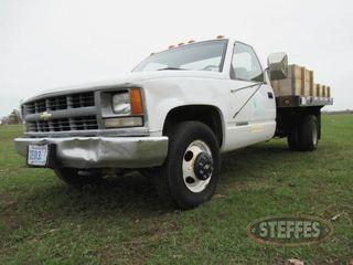 1999-Chevrolet-3500_0.jpg