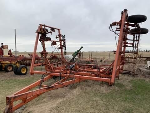 Farm Equipment Auction for Arol Phair Image 41