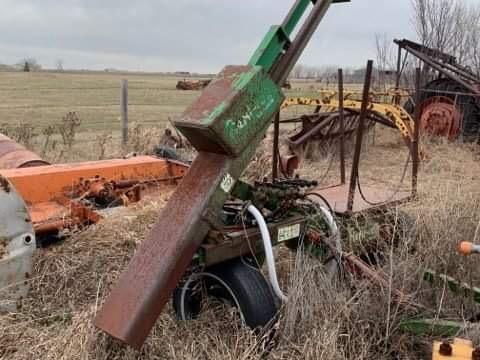 Farm Equipment Auction for Arol Phair Image 39