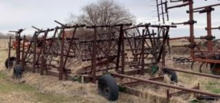 Farm Equipment Auction for Arol Phair Image 33
