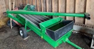 Farm Equipment Auction for Arol Phair Image 11