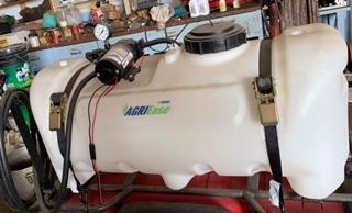 Farm Equipment Auction for Arol Phair Image 21