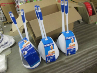 Lot of 3 Mr Clean Turbo Plunger & B...