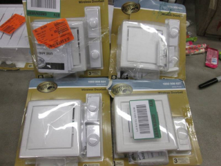 Lot of 4 Hampton Bay Wireless Plug-...