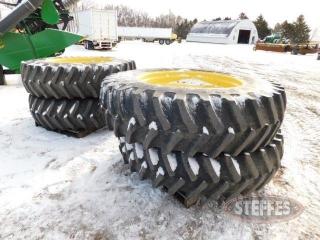 480-80R42-tires-off-John-Deere-sprayer_1.jpg
