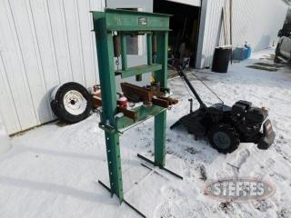 Shop-press-w-jack--20-ton_1.jpg
