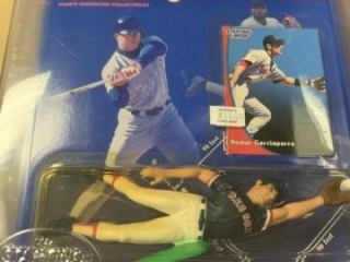 STARTING LINE UP BASEBALL FIGURES- 6 COUNT