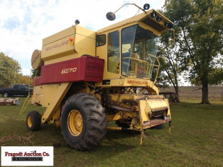 New Holland TR 70 combine, 23.1-26 fronts @ approx