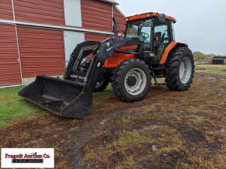 Agco Allis 8775 MFWD tractor, with AGCO 884 loader