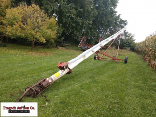Feterl 8? x 55? auger, 540 PTO, hand crank up and