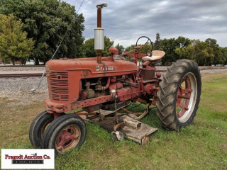 1948 Farmall H tractor with 6? Woods belly mower,