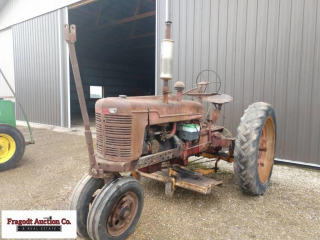 1946 Farmall H tractor with Woods L59 belly mower,