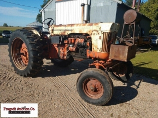 1962 Case 830 Case O Matic tractor, Diesel, 15.5x3