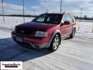 2005 Ford freestyle SEL, 90,000 miles, front whee