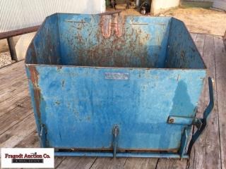 3pt hitch weight box, 6.5 cubic feet. Item is loca