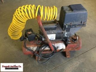 Coleman Powermate Handyman air compressor with hos