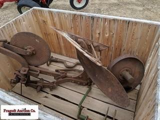 John Deere M1 Steel Wheel Mounted 1 Bottom Plow wi