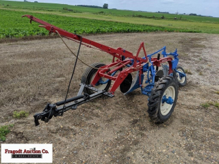 McCormick 2 Bottom Pull Type Slat Plow, Manual Adj