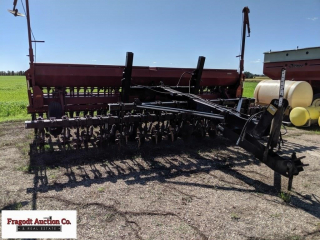 Case IH 5400 minimum till drill, 20? w/Yetter 3 po