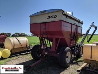 2013 Demco 365 gravity box, 12 ton Demco running g