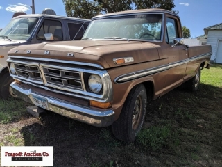 1972 Ford F250 Ranger pickup, 2WD, regular cab, 8'