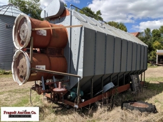 1981 Super B grain dryer, Model A5-1000Q, Twin fan