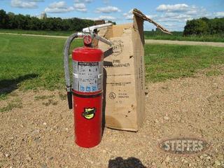 Fire-extinguisher_0.JPG