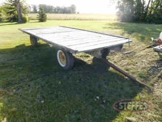 Hay-rack--Kasten-4-wheel-running-gear_1.jpg