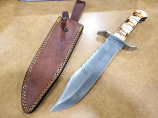 Bone Collector Bowie Knife 15