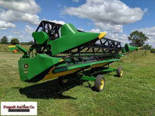2001 John Deere 925 F Flex Head, comes with extra