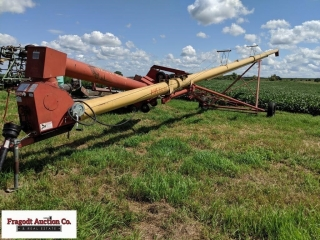 Westfield MK100-61 with Dual Auger Swing Hopper ?
