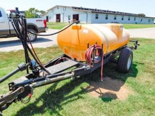 Wylie PTO (540) 1,600 gallon sprayer w/12? booms