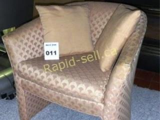Retro Look Tub Chair