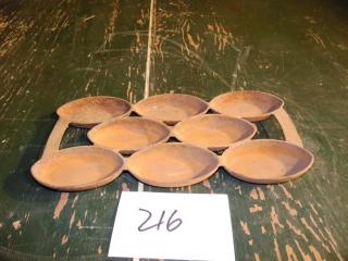 ANTIQUE P 4 CAST IRON GEM PAN