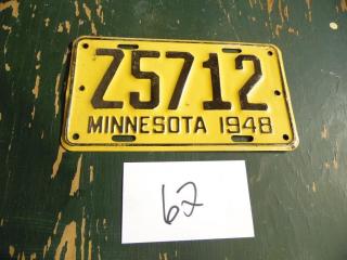 VINTAGE 1948 MINNESOTA LICENSE PLATE Z5712