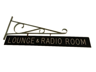 LOUNGE & RADIO ROOM D/S SIGN / BRACKET