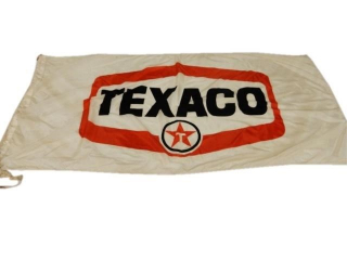 TEXACO WHITE T(RED BACKGROUND) S/S NYLON FLAG